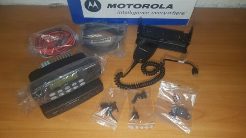 NEW MOTOROLA GM360 RADIO VHF 136-174 MHZ 25W 255 CHANNELS