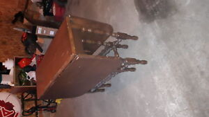 Gate-leg antique table  great condition/age