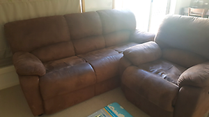 Couch sofa Truganina Melton Area Preview