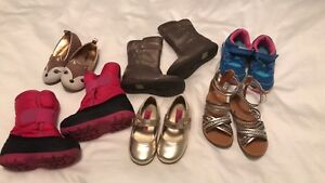 Girls shoes - size 6