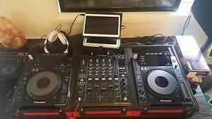 Pioneer 2× CDJ-900s Turntables & DJM-900NXS DJ Mixer + DJ Coffin Kooringal Wagga Wagga City Preview
