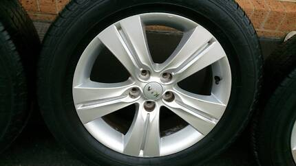 """17"""" Rims and Tyres 225/60R17"""