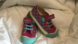 Kid Size 9 Keen shoes