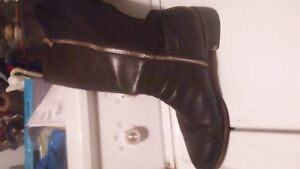 Michel Korr stretch riding boots & Vince Camuto shoes SIZE 9 1/2