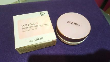 the SAEM ECO SOUL SPAU BB Cushion #01 Light beige SPF50+ 13g