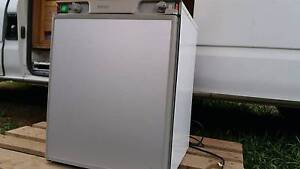 DOMETIC RM 4211 3 WAY FRIDGE FOR MOTORHOME, ETC $280!!! Bentley Park Cairns City Preview