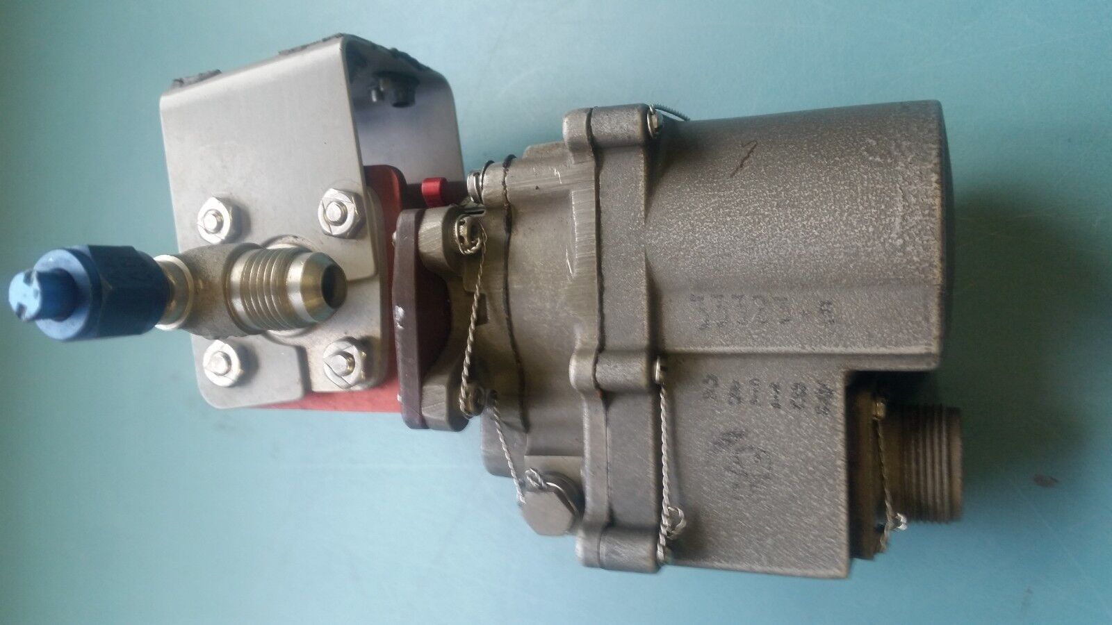 Bell Helicopter fuel valve assy