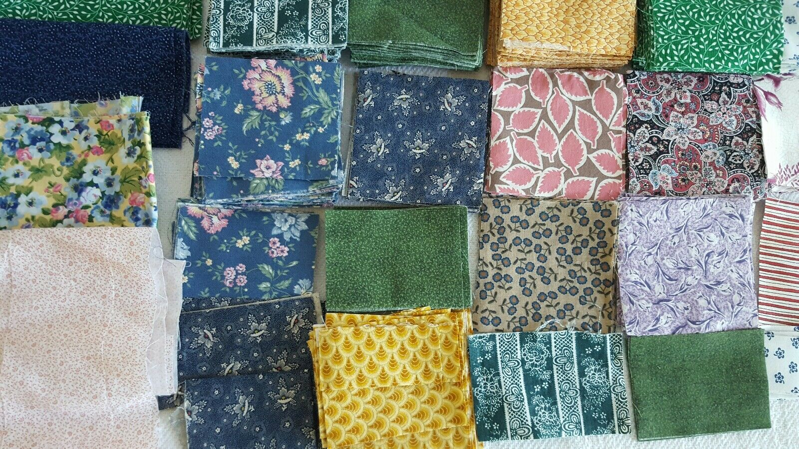 Big Lot Of 100 Cotton Quilting Fabric Pre-cut Assorted Color And Styles Ship Fa - $19.99