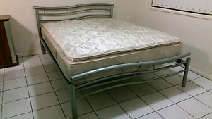 Queen size bed and mattress Maroochydore Maroochydore Area Preview
