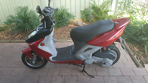 Sym Bolwell shark 150cc scooter 2003 make an offer Cranbourne Casey Area Preview