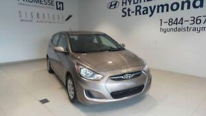Hyundai Accent Voiture à hayon, 5 portes, boîte automatique GL