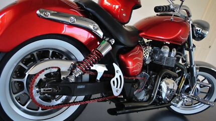 Triump Boneville America Custom Like Harley