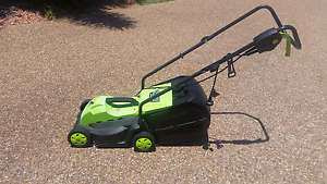 Electric lawn mower Annandale Townsville City Preview