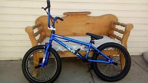 "MONGOOSE LEGION 20"" BMX"