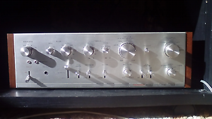 Vintage pioneer amplifier Durack Brisbane South West Preview