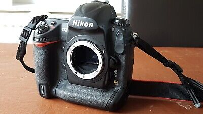Nikon D3 digital camera body