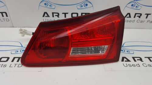 2005 LEXUS IS250 SALOON XE20 REAR RIGHT DRIVER SIDE TAILLIGHT / TAIL LIGHT