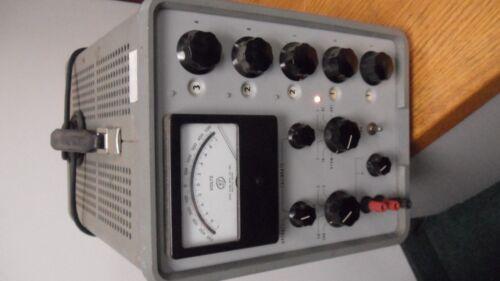John Fluke  Differential DC Voltmeter