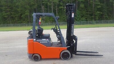 2015 Toyota 8fgcu18 Forklift Truck 217.5 Of Lift With Side Shift New Paint