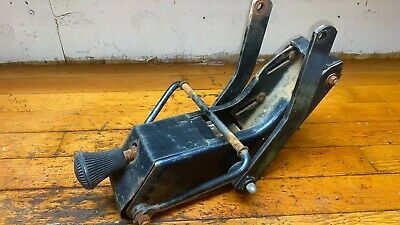 Seat Base - Ford 3000 Tl