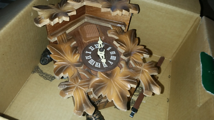 Original cuckoo clock from black forest in box needs service