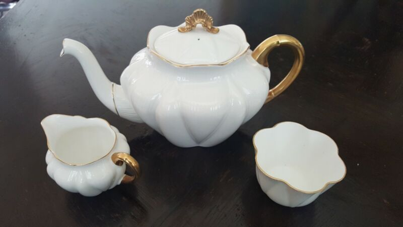 Shelley Antique Regency Dainty White 3 piece Tea Service Perfect Never Used
