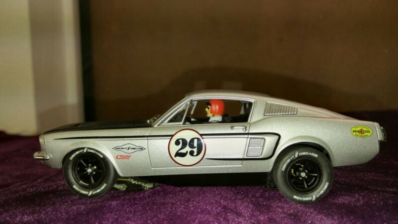 Carrera Slot Car Ford Mustang