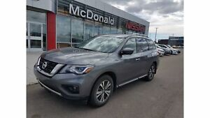 2018 Nissan Pathfinder SL Premium Tech with Nav
