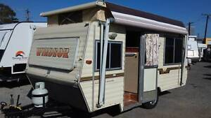 1988 WINDSOR CUSTOM DELUXE Melrose Park Mitcham Area Preview