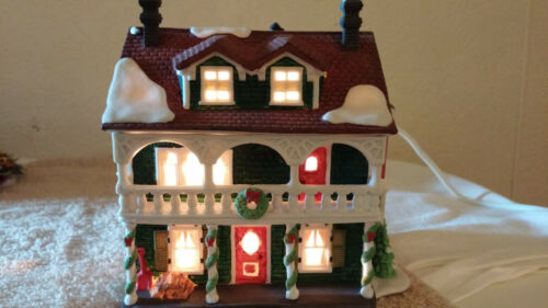 Dept 56 New England Village Series Captains Cottage