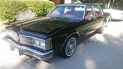 1981 Oldsmobile Eighty-Eight  1981 Oldsmobile Delta 88 Diesel