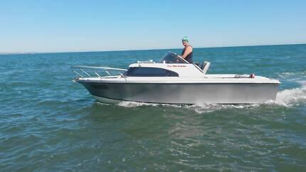 V8 Jet Boat, hamilton jet unit, small cabin. fishing skiing ski Oakbank Adelaide Hills Preview