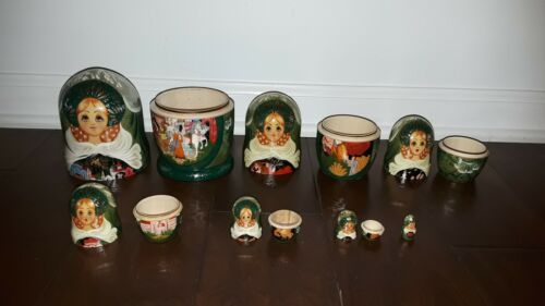 Set of Russian Nesting Dolls, 7 Pieces w/Palaces, Horses & Kings - UNIQUE!