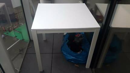 Ikea table/desk black or white in excellent condition!!!