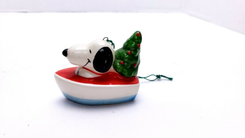EUC Boutique Vintage Snoopy and Christmas Tree In Boat Ornament 1958, 1966