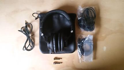 Audio Technica ATH-M50x Headphones - EXCELLENT CONDITION