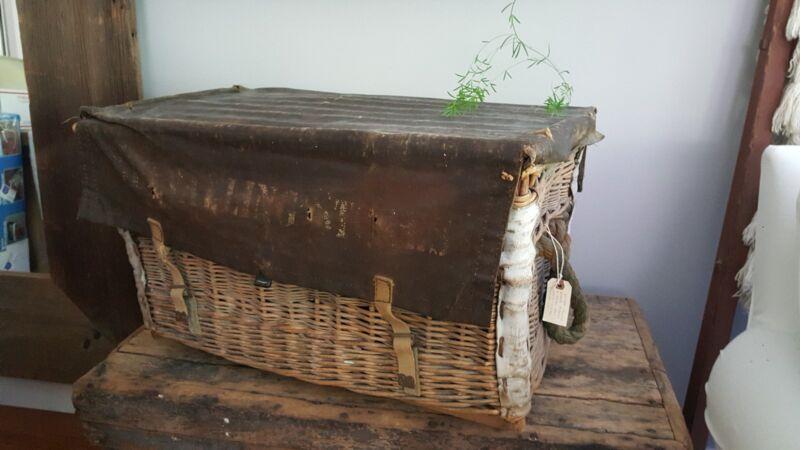 Antique European Wicker Pannier/Trunk/Chest  - Great collector/Display/Storage