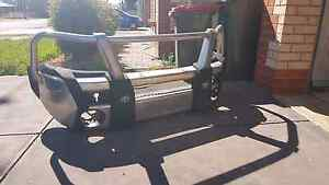 Genuine to hilux bullbar Munno Para West Playford Area Preview