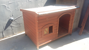 Large Dog kennel Shortland Newcastle Area Preview