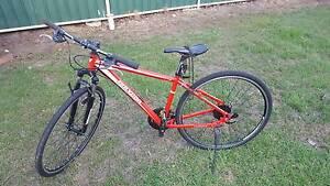 Polygon Heist 3.0 Hybrid Commuter Bike Croydon Park Canterbury Area Preview