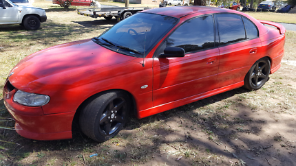 Selling my Holden VX Commodore