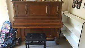 Beautiful old piano Redbank Plains Ipswich City Preview