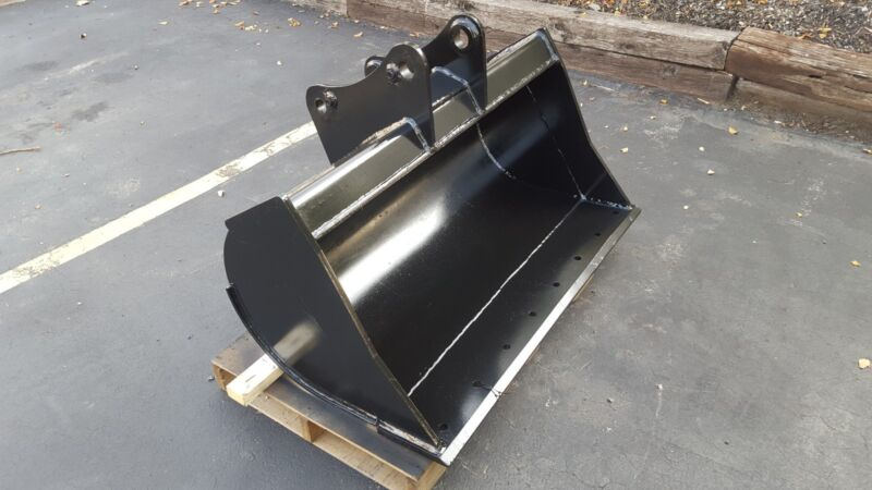"""New 48"""" Ditch Cleaning Bucket For A John Deere 310g"""