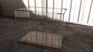 Big and small glass fish tank for sale with accessories Victoria Park Victoria Park Area Preview