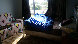 Room for rent. Close to shops and schools Warrenup Albany Area Preview