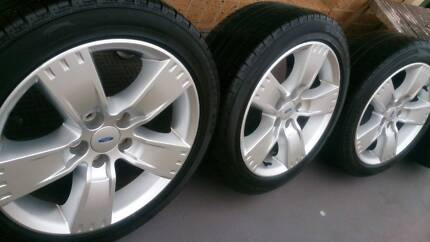 """17"""" Ford Wheels and Tyres 235/45R17"""