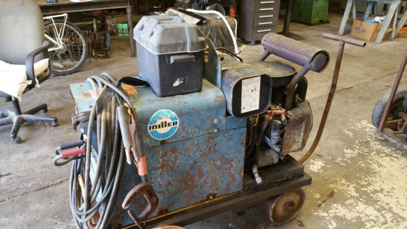 Miller AEAD-200LE Constant Current AC/DC ARC Welding Generator