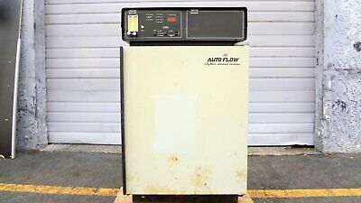 Used Nuaire Nu-1500 Autoflow Co2 Water - Jacketed Carbon Dioxide Incubator