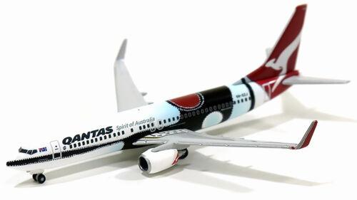 """Herpa Wings Qantas Boeing 737-800 """"Mendoowoorrji"""" 526418 1/500 Reg# VH-XZJ, New"""