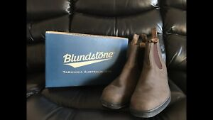Blundstone men's size 13 boots - never worn